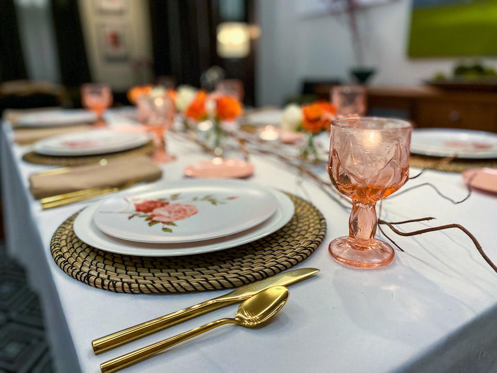 colored glassware trend